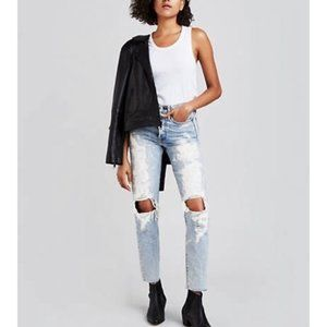 Levi's x Rolling Stone NWOT Destroyed Wedgies 29